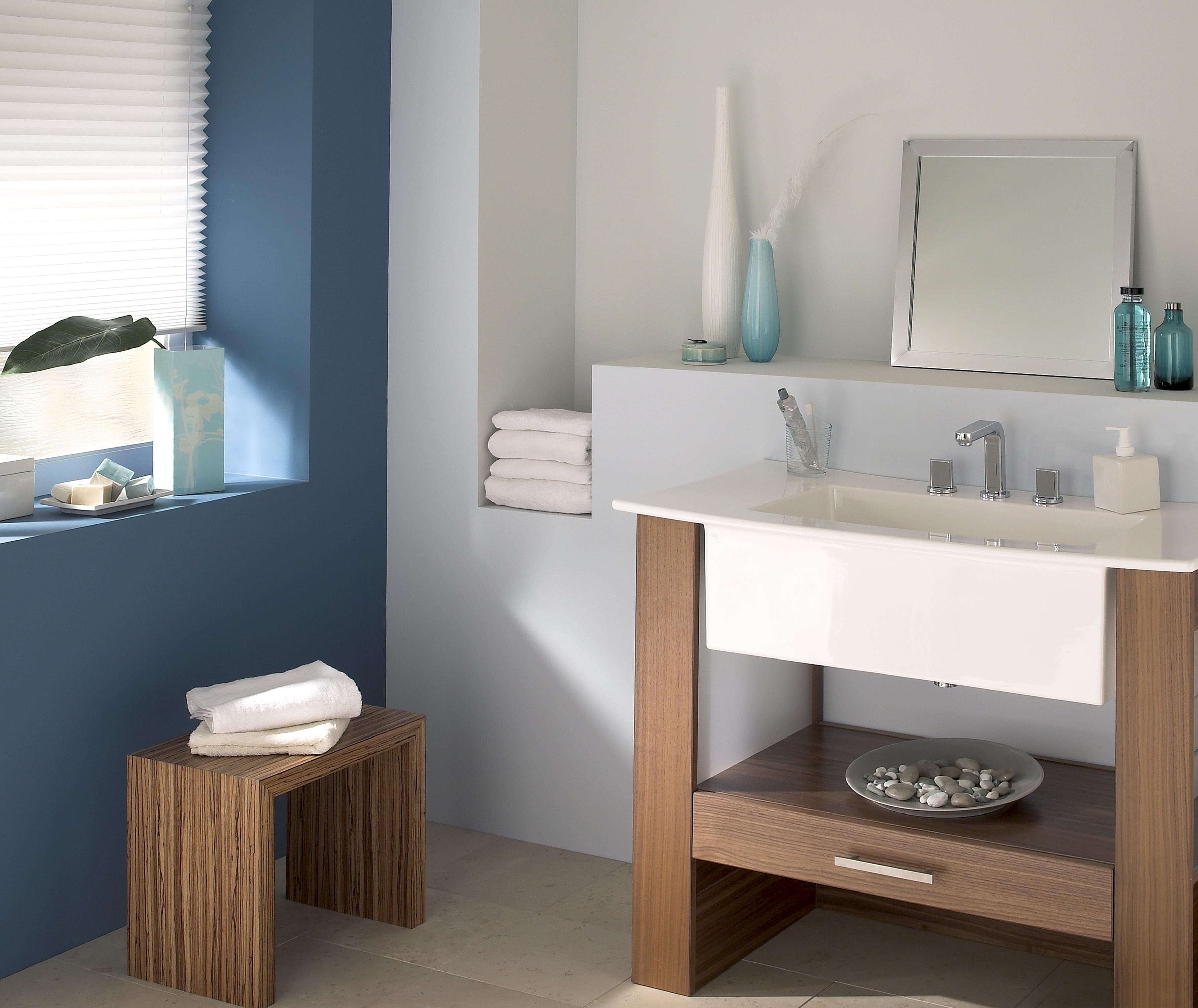 RS827 Bath 02 01